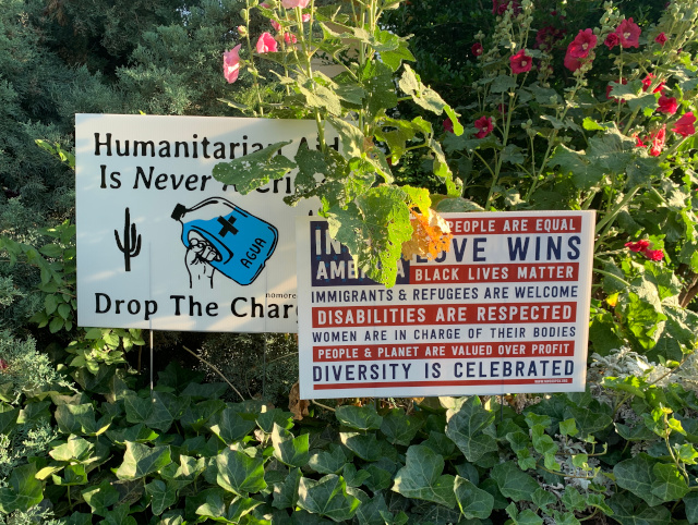 Humanitarian signs in Bisbee